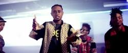 Watch Throw Sum Mo (feat. Nicki Minaj & Young Thug) video