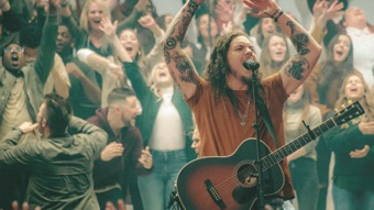 Graves into Gardens (Live) [feat. Brandon Lake] by Elevation Worship album reviews, ratings, credits