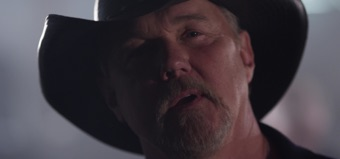 Heartbreak Song by Trace Adkins album reviews, ratings, credits